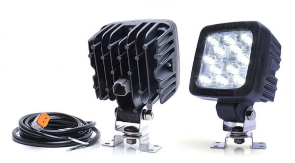 arbeitsscheinwerfer 4000lm deutsch stecker 12v 24v anhaenger beleuchtung. Black Bedroom Furniture Sets. Home Design Ideas