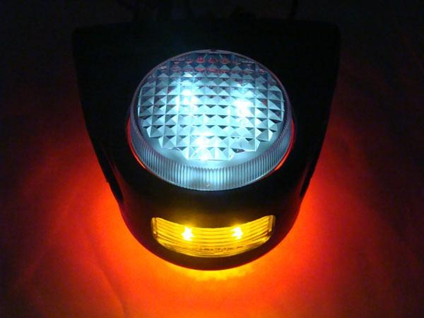 LED Begrenzungsleuchte mit Seitenleuchte IP67