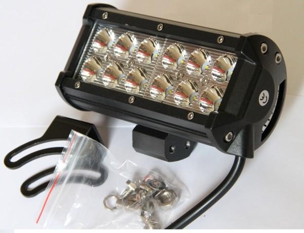Arbeitsscheinwerfer LED 12x3W/36W 3600 Lumen